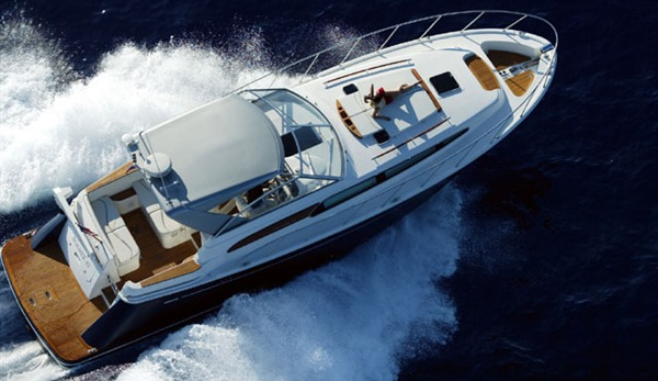 ChrisCraft 44 for charter Miami Boat Rent Inc