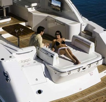 Sea Ray 55 Sundancer for Rent 13