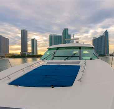 Sea Ray 55 Sundancer for Rent 5